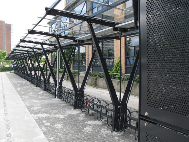 Sort Metal Cykelstativ Med Glastag